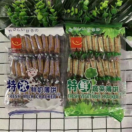 Picture of Thin biscuits (extra fresh vegetable crepes, extra thick milk crepes)300g,1 pack, 1*12 pack | 薄饼干(特鲜蔬菜薄饼,特浓鲜奶薄饼)300g,1包,1*12包